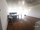 高新园区,写字楼,精装修三个隔间,262平高楼层,采光非常好