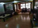 莲花五村侨鑫公寓3室2厅2卫140m²