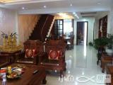 金山小区旁国际山庄别墅4室2厅2卫180m²售950万