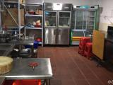 集美嘉家商贸城内两间店面转租2000元可做西餐糕点中餐奶茶外卖设备齐全