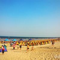 翡翠湾民宿度假小镇沙滩夏季实景图.jpg