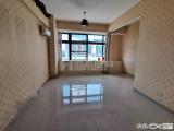 乐购旁工作室出租,市政BRT旁,52平无阁楼,有锁
