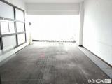 适合做办公或者员工宿舍山木清华客厅带阳台朝南143平有锁